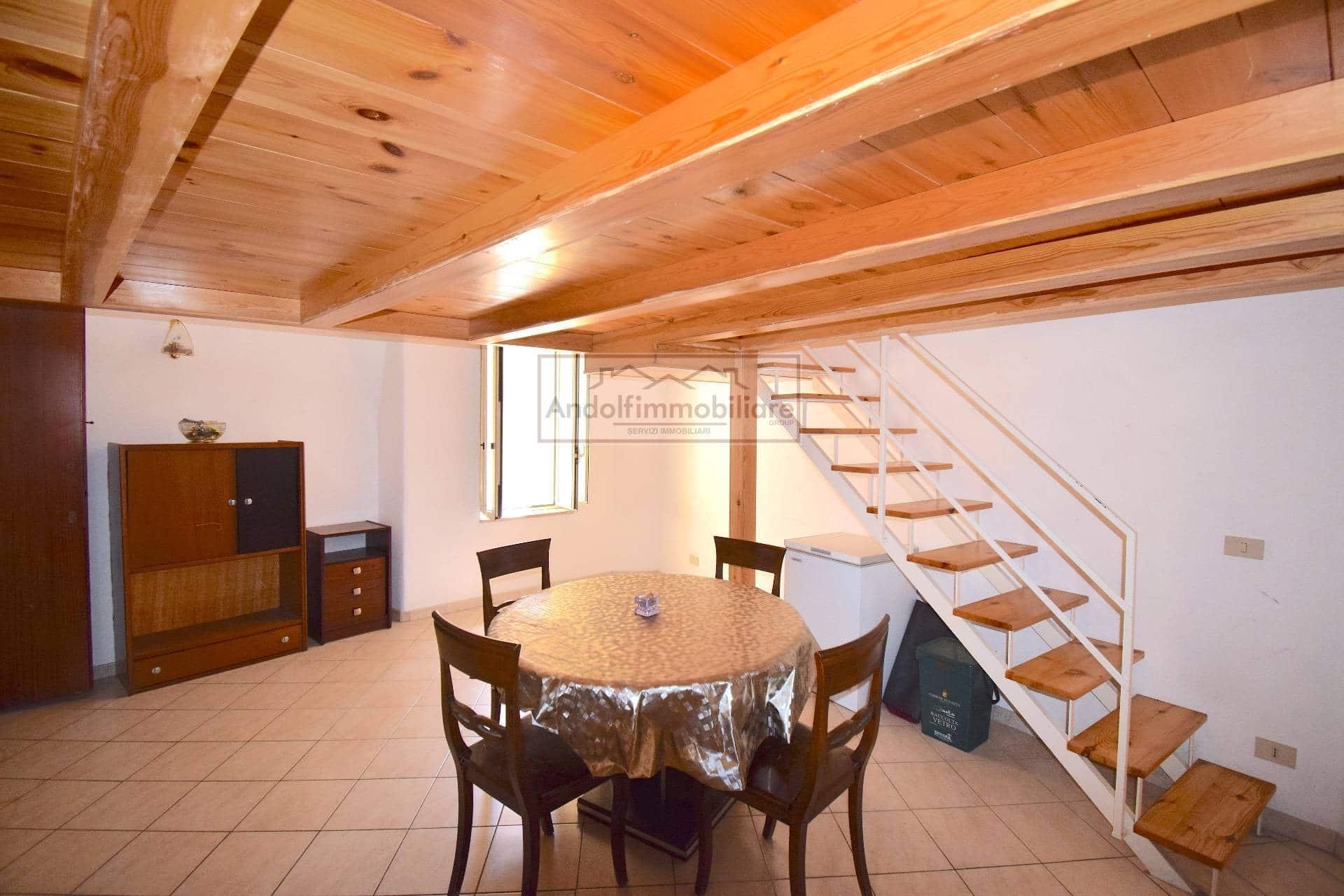 Gaeta Salita Campo. Appartamento in Vendita a Gaeta.