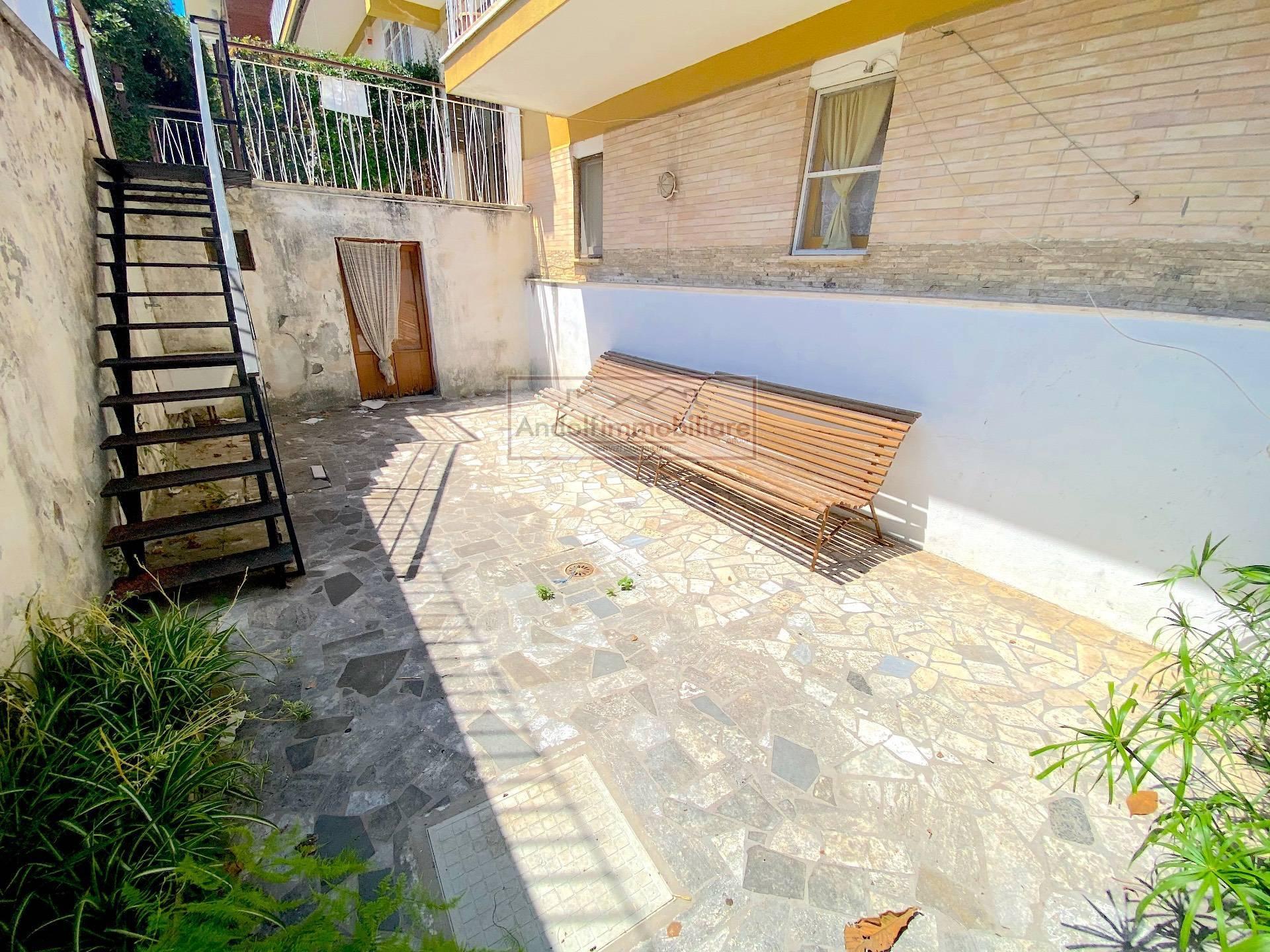 Gaeta Serapo. Appartamentino Indipendente a 100 metri dal mare in Vendita a Gaeta.