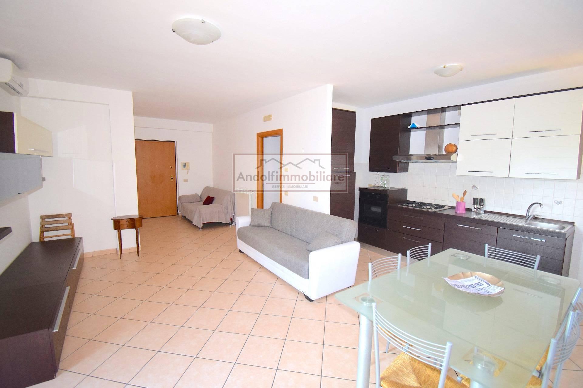 Itri Centro. Appartamento di recente costruzione con garage in Vendita a Itri.